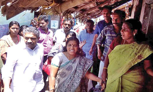 Officials carry out house visits in malaria-affected areas of Vizhinjam on Sunday. (Photo: FILE)