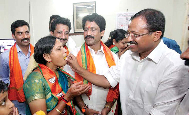 Bjp surge spoils chances of both udf and ldf for V muraleedharan bjp