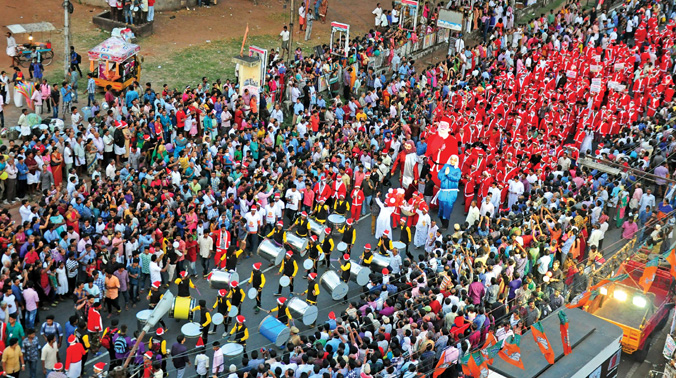 Buon Natale Thrissur.Santas Day Out In Thrissur