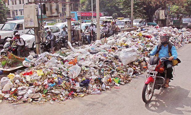 from garden city to garbage city bangalore essay Once known as garden city, bangalore in southern india is now nicknamed garbage city as the city struggles to cope with the rubbish generated by eight million inhabitants.