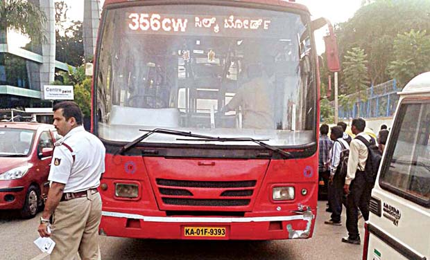 The accused, Chandrappa, who drove the BMTC bus (KA 01-F-9393), was caught by Inspector Mohammed M.A. as he was blocking traffic on the main road
