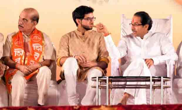 Shiv Sena president Uddhav Thackeray and with son Aditya Thackeray during the Dasara rally in Mumbai (Photo: PTI)
