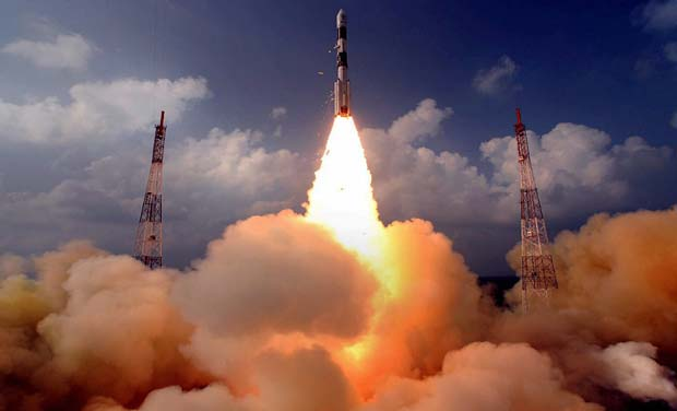 A rocket carrying the Mars orbiter takes off from the east-coast island of Sriharikota (Photo: PTI/File)