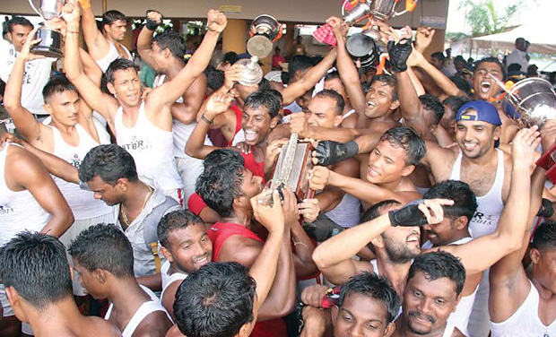 Jawahar Thayankari team members celebrate with their trophy in Alappuzha on Saturday. (Photo: DC)