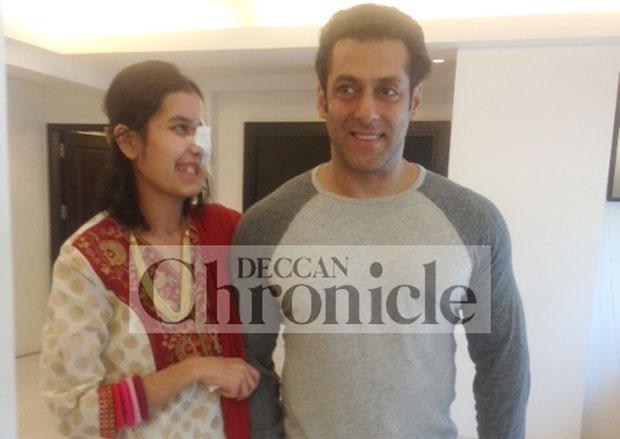 Salman Khan with Shakila Zareen at his Galaxy Apartments home. Photo: DC