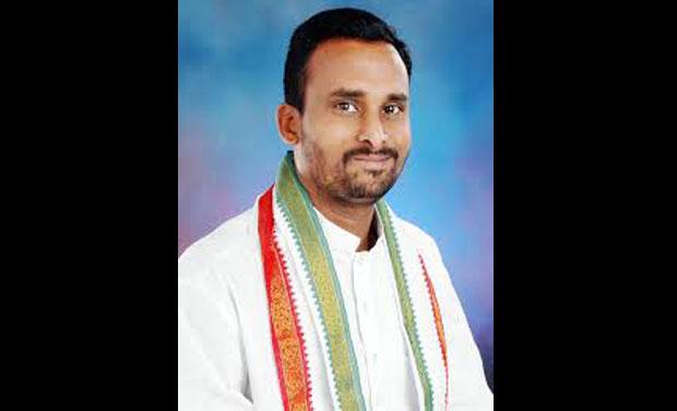 Congress legislator from Hungund constituency, Vijayanand Kashappanavar (Photo: PTI)
