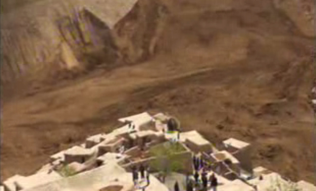 This image made from AP video shows people searching for survivors after a massive landslide buried a village in Badakhshan province, northeastern Afghanistan (Photo: AP)