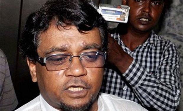 TMC Rajya Sabha MP Ahmed Hasan Imran appears before Enforcement Directorate (ED) in connection with the multi-crore Saradha Chit Fund scam at Salt lake near Kolkata (Photo: PTI)