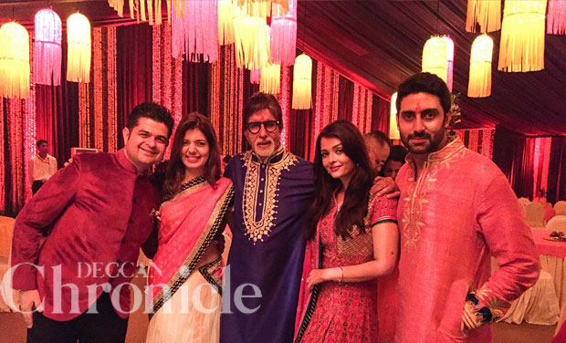 Even Abhishek And His Wife Aishwarya Decided To Match Each Other With Their  Outfits And With The House Interiors.