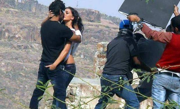 Bollywood sexy kiss