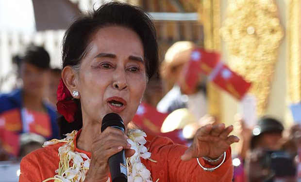 Myanmar opposition leader Aung San Suu Kyi delivers her address at a campaign rally for the National League for Democracy in Kyaing Tong located in Shan State. (Photo: AFP)