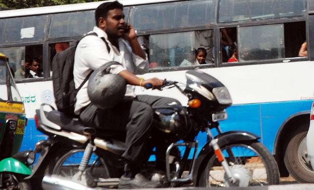 Drivers Not Wearing Seat Belts Helmets Should Not Be Sold
