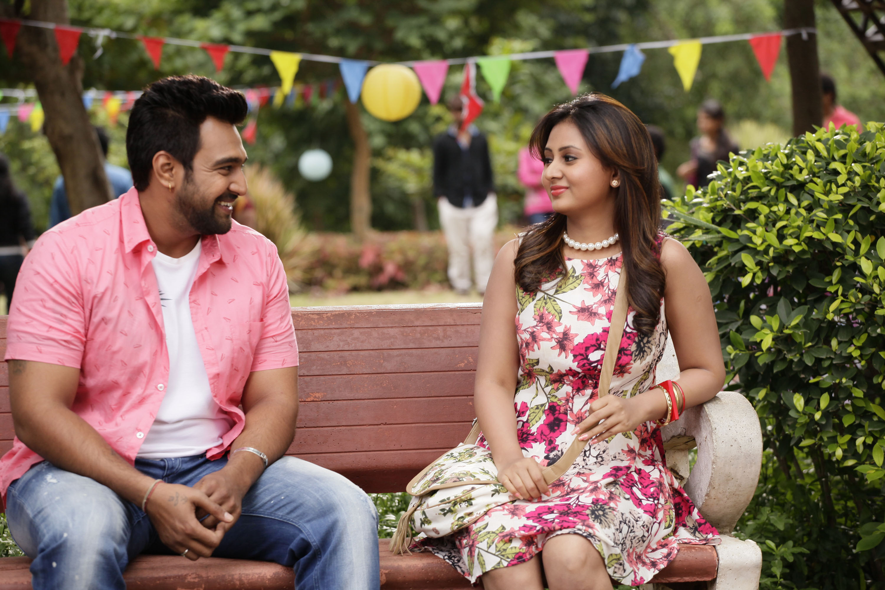 movie review 'ramleela': laughter cut, copied!