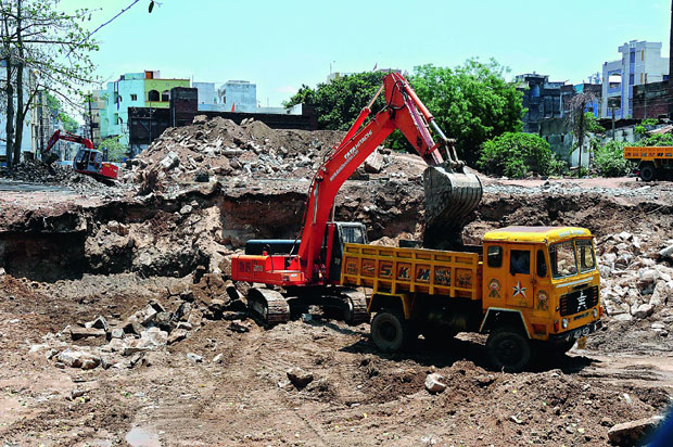 The site at Chelapura, near Charminar, where a tunnel was found, is being dug up.  (Photo: DC)