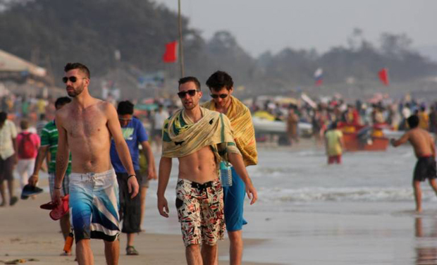 what to wear in goa guys