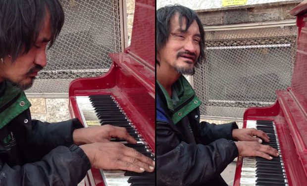 Homeless man plays beautiful musical note, stuns onlookers.