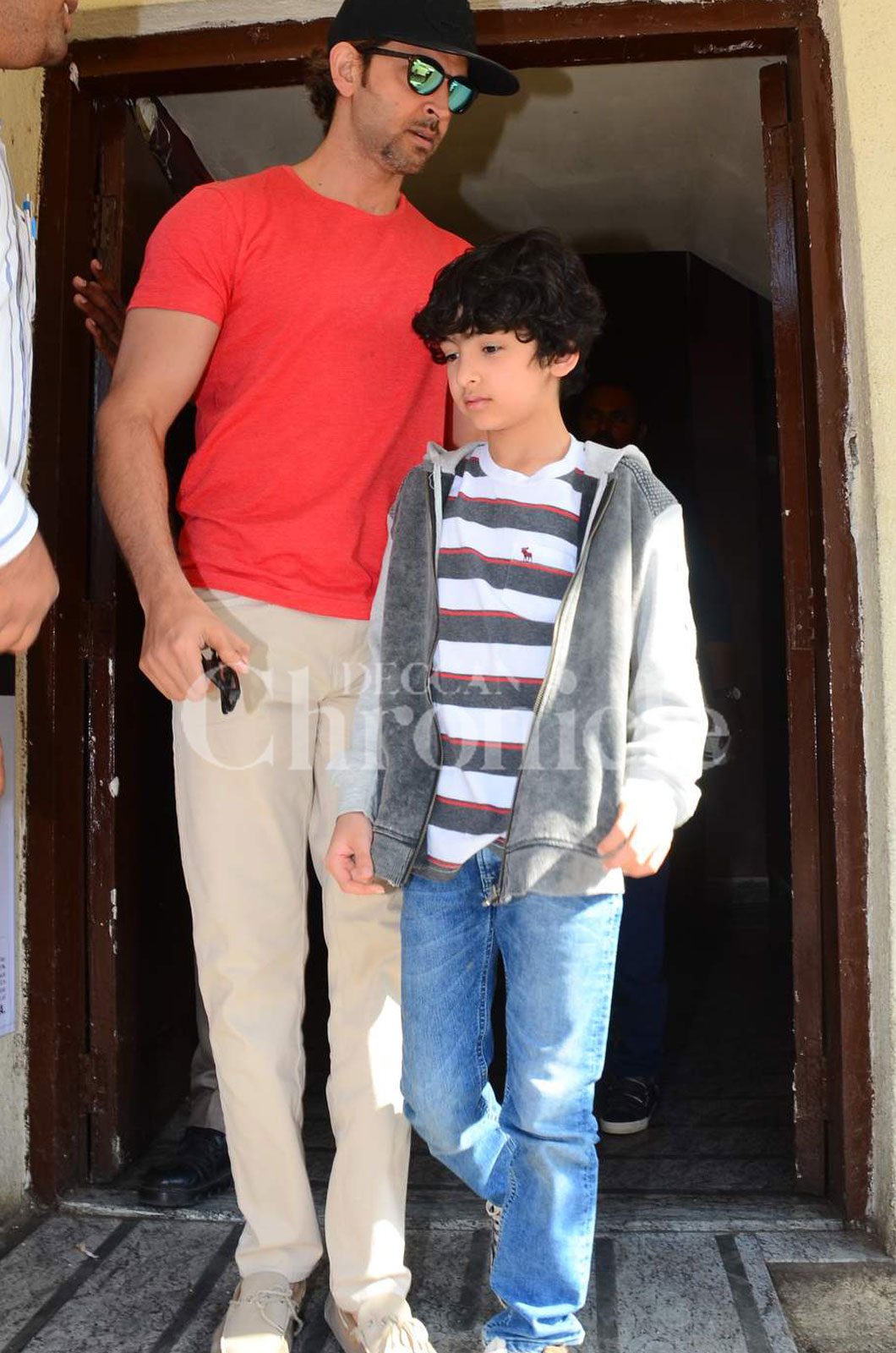 Hrithik Roshan And Sons Hrehaan Hridhaan Catch Up On Latest Movies