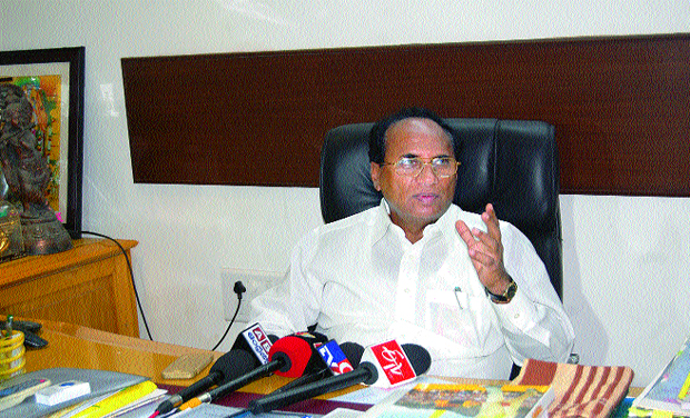 defections-mlas-and-mps-chandrababu-assembly-speak