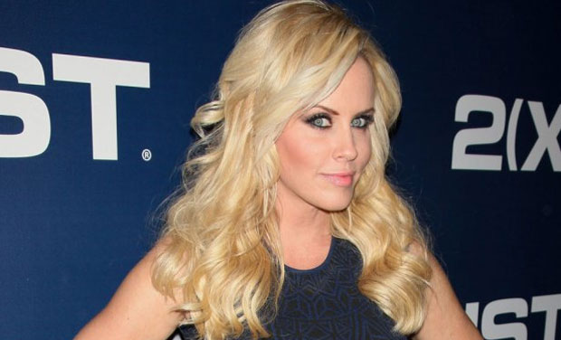 Jenny Mccarthy Is The Latest Major Celebrity To Have Photographs Stolen From Her Phone And Splashed