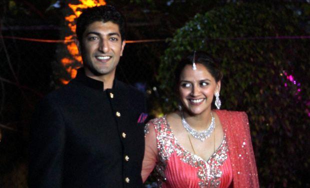Ahana Deol, the daughter of veteran actor couple Hema Malini and Dharmendra, tied the knot with businessman Vaibhav Vora in Mumbai on Sunday.
