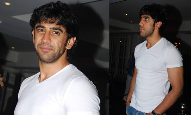 Amit Sadh turns up for the show.