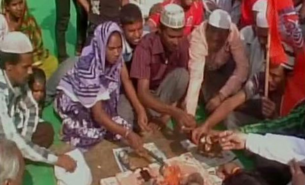 Dharam Jagran camp,a part of 'Ghar Wapsi' campaign in Agra by Bajrang Dal . (Photo: ANI Twitter)