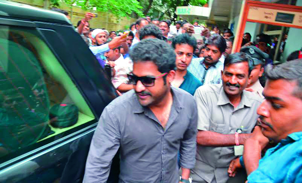 Actor NTR Jr was mobbed as he entered the premises of Rainbow Hospital to see his baby boy