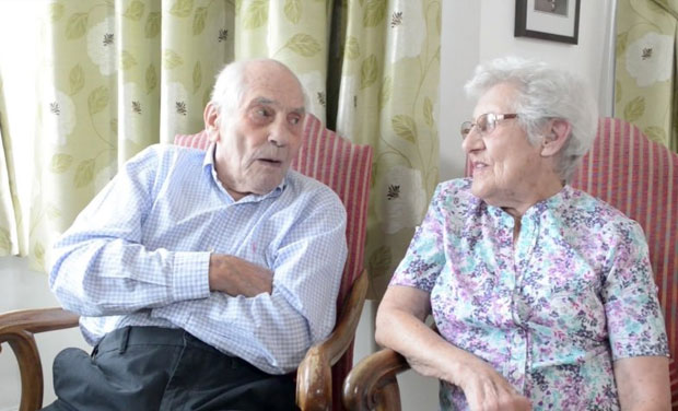 Couple aged 102 and 91, to become world's oldest newlyweds