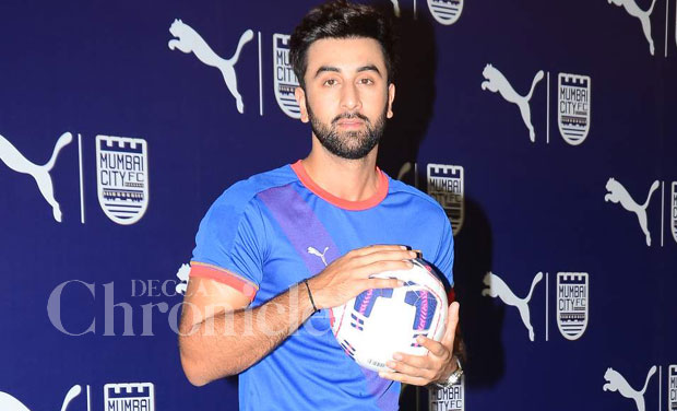 Ranbir Kapoor joined his Mumbai City FC team as they launched their new jersey for this season at an event in Mumbai on Saturday. Photo: Viral Bhayani