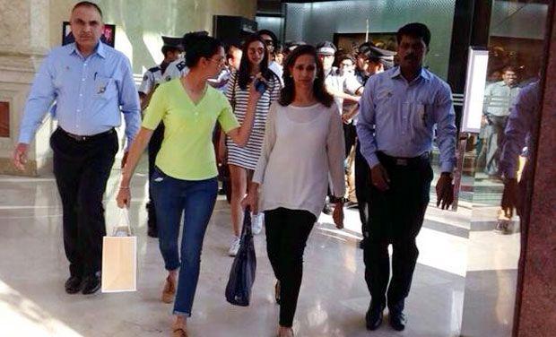 Ranveer Singh meets Deepika Padukone's parents in Bangalore