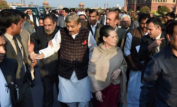 Congress chief Sonia Gandhi and other opposition leaders during a march from Parliament to Rashtrapati Bhavan in New Delhi on Tuesday against the controversial Land Acquisition Bill. (Photo: PTI)