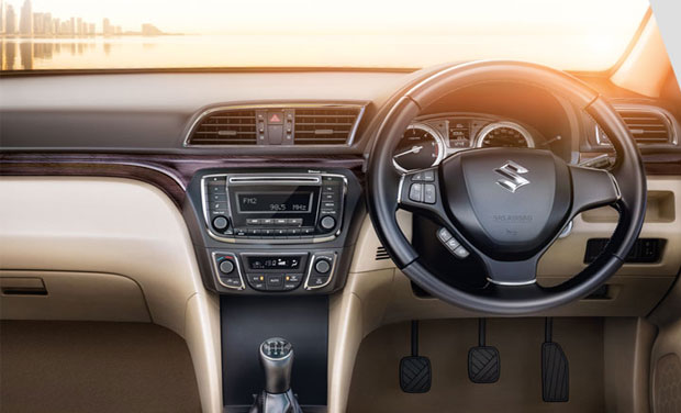 maruti suzuki ciaz specifications and prices revealed. Black Bedroom Furniture Sets. Home Design Ideas
