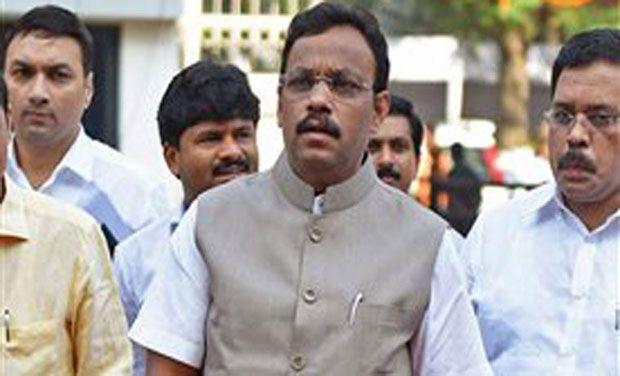 Maharashtra Education Minister Vinod Tawde. (Photo: PTI)