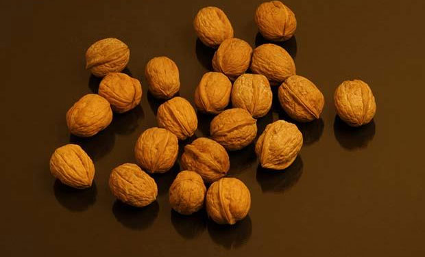 Adding Walnuts To Your Diet Could Save You From Colon Cancer