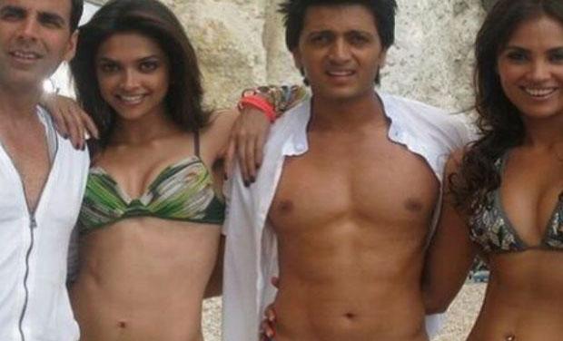 Deepika padukone bikini housefull photos