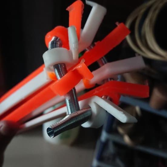 Tongkat Stick Ganti Lampu Alat Bantu Pengganti Bohlam Pasang Putar NSM