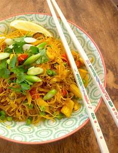spore fried noodles.jpg