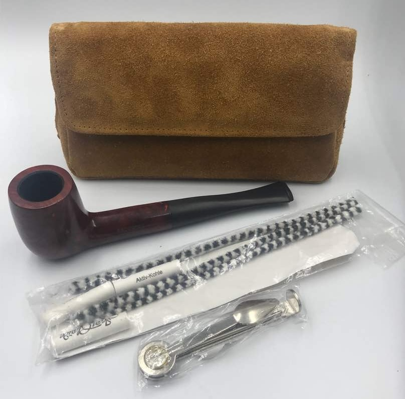 pipe set with cognac leather pipe bag.jpg