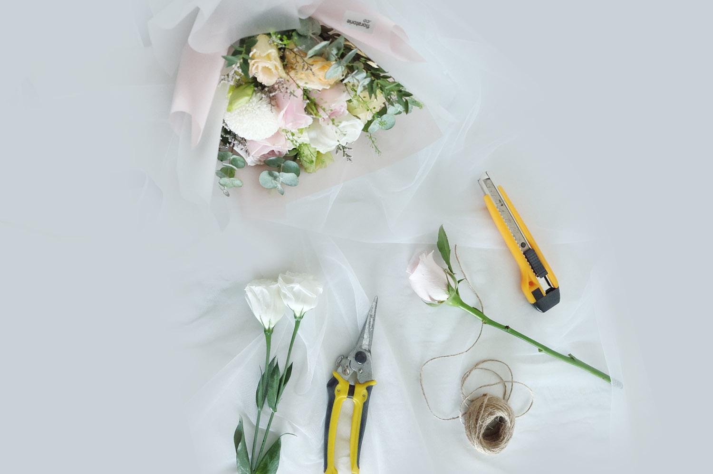 Floratorie - Singapore Online Florist | Flower Delivery | Flower Arrangment Workshop | Public / Private Workshops