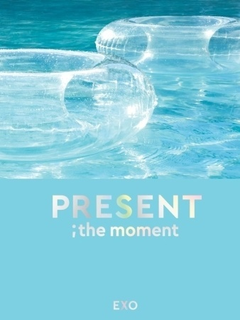 K1079 EXO - [PRESENT ; the moment] Photobook.jpg