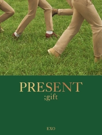 K1010a EXO - [PRESENT ; gift] Photobook.jpg