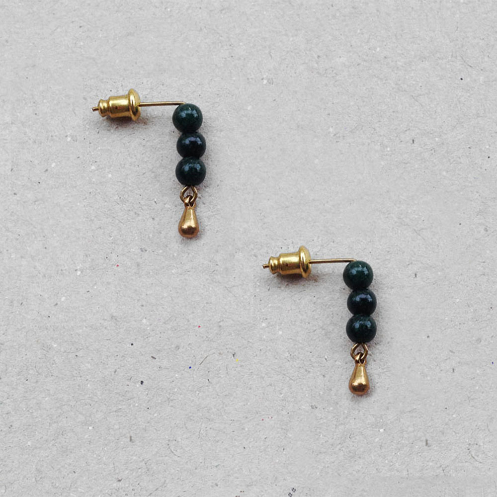dainty_jade_beads_earrings.jpg