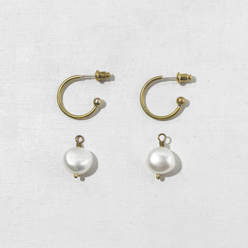 pearl_thick_hoop_earrings.jpg
