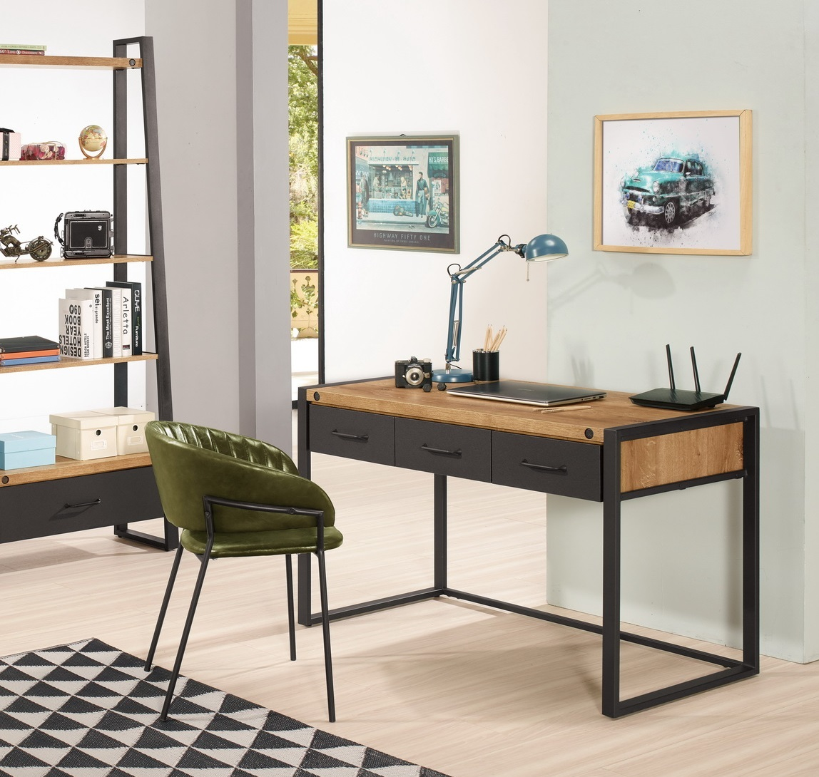 357-6 布朗克斯4尺三抽書桌.jpg