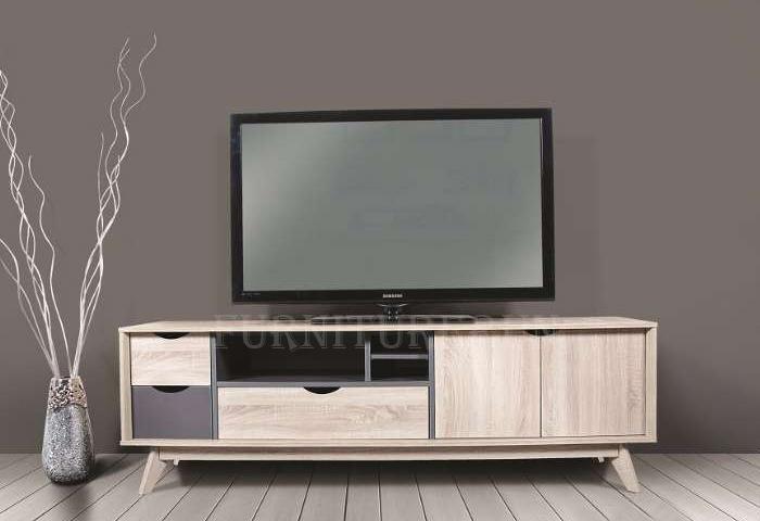 CKE-TV12011_1.jpg