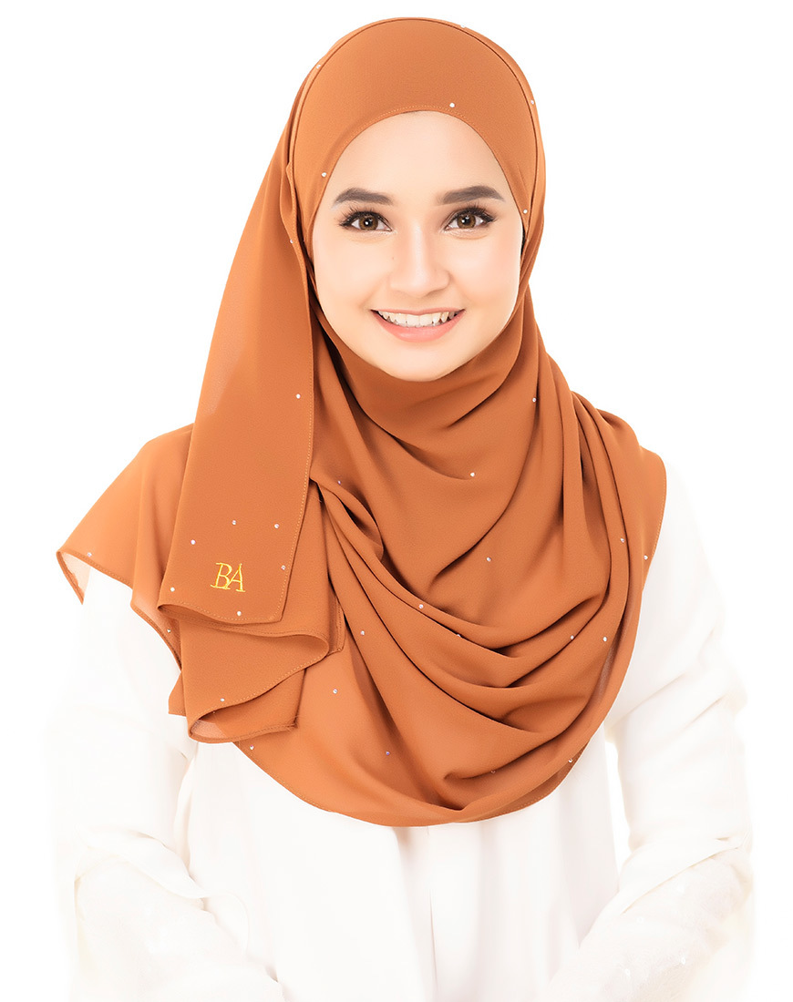 Bella-Diamond-Shawl-milk-chocolate-1 (1).jpg