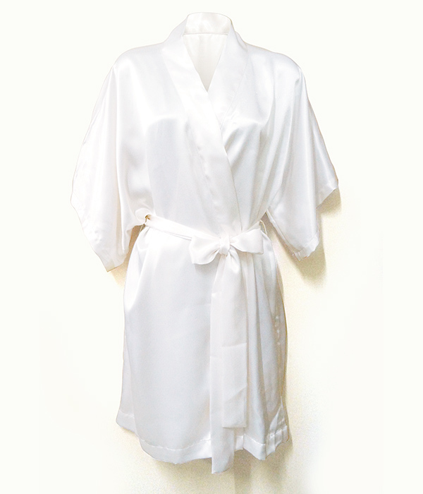 bath-robe-ivorywhite.jpg
