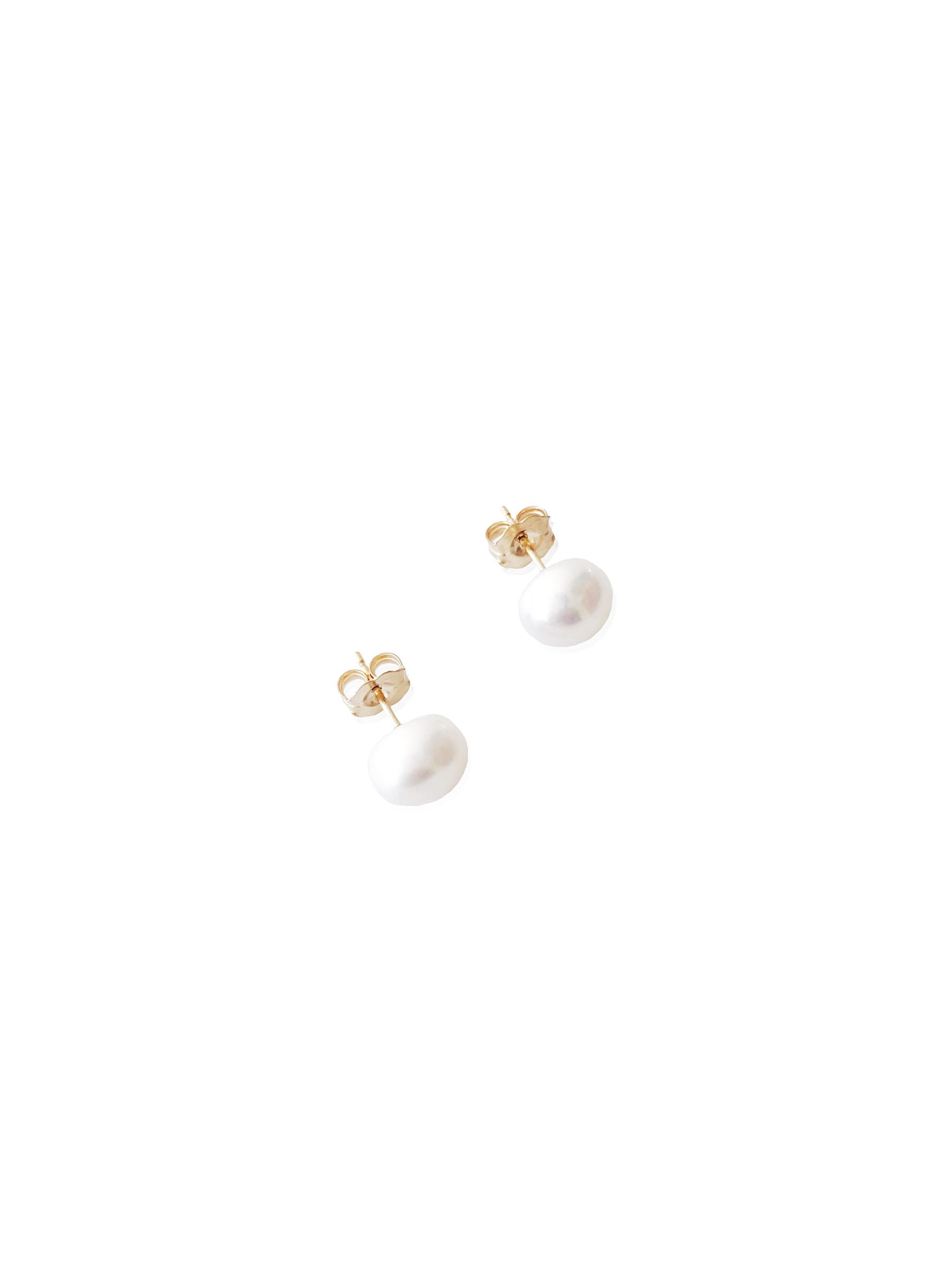 Pearl Earrings Gold.jpg