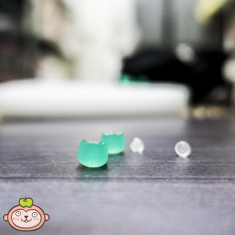 貓咪透明綠耳針.jpg