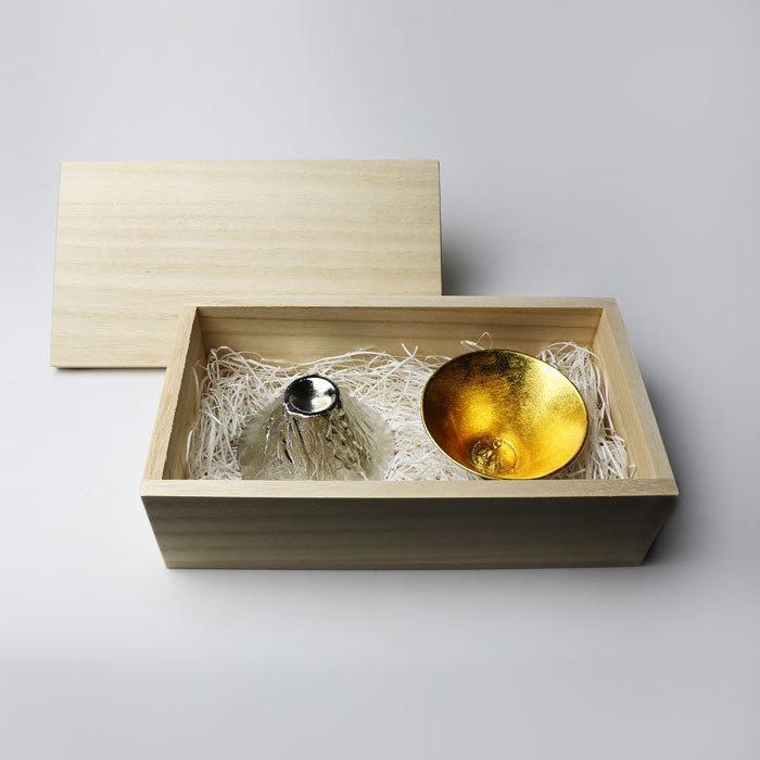富山-能作nousaku-金箔-富士山風情杯木盒組.jpeg